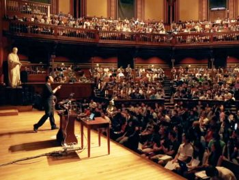 big-classes-at-harvard